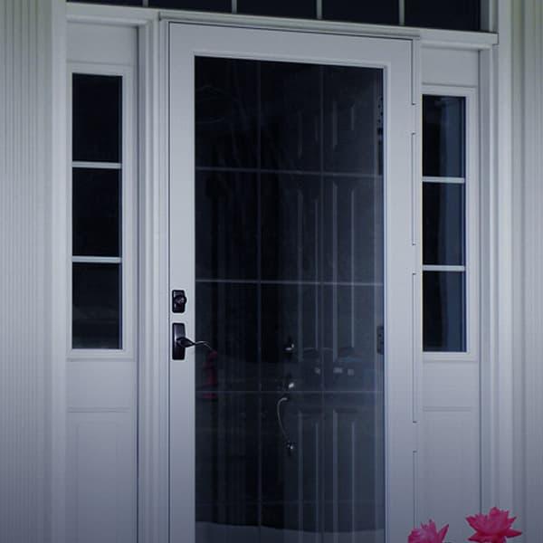https://www.crystalexteriors.com/wp-content/uploads/2020/04/crystalexteriors-PROVIA---S-Deluxe-Storm-Doors.jpg
